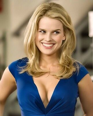 Alice Eve 8X10 Glossy Photo Picture Image #4