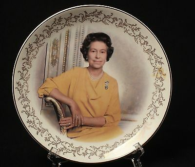 Queen Elizabeth II Royal Family Plate Parsons-Steiner Canada Made in England