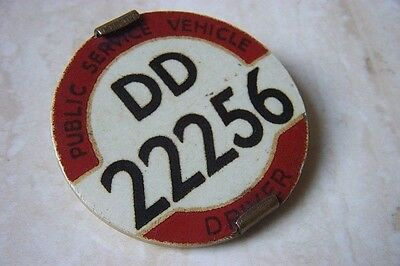 A PUBLIC SERVICE VEHICLE DRIVERS BADGE ' BUS BADGE' DD 22256 c. EARLY 1960'S