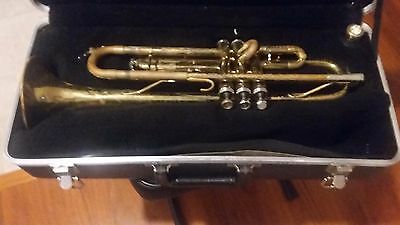 King Model 600 Trumpet #835112 With Mouthpiece And Hardshell Case