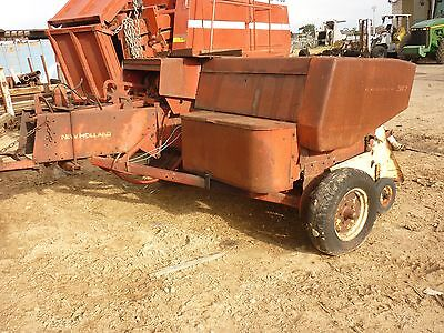 Hay Baler New Holland 317 Unit In Working Order - Has Rusty Covers