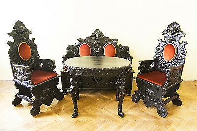 Richly carved Neo-Renaissance Dining room set