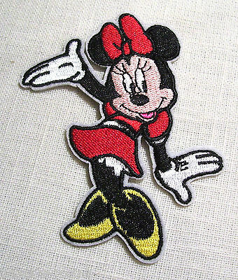 ÉCUSSON PATCH APPLIQUE thermocollant  ** 8 x 10 cm ** SOURIS MINNIE ÉLÉGANTE