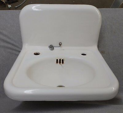 Antique Cast Iron White Porcelain Bathroom Sink Old Standard Plumbing 1638-16