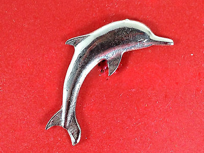 pins pin dolphin dauphin couleur argent