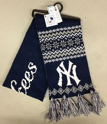 "NEW York Yankees Team Knit Winter Scarf NEW 65"" w tassels - UPSCALE"