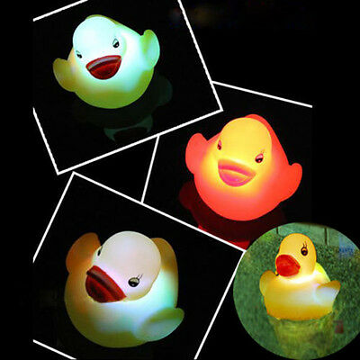 Bath time Tub Toy Flashing Rubber Duck LED Coloured Light Up Watertight