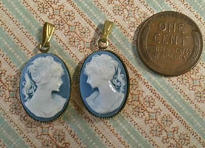 Vintage 14 x 22mm Raised Resin Blue Cameo Charms Left & Right 2