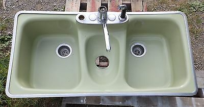 Vtg Mid Century Cast Iron Avocado Porcelain Retro Kitchen Sink Standard 1665-16