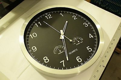 13.5 Inch Big Digit Silent Non-ticking Radio Controlled Wall Clock Aluminum