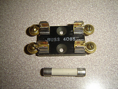 "Buss 4085 Dual Fuse Block Holder, 4 Terminal Screws 1/4"" X 1-1/4"" For 3ag Fuses"