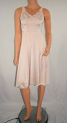 Vintage Olga Short Full Sweep Pink Nightgown Lingerie Gown Negligee 1391T Size M