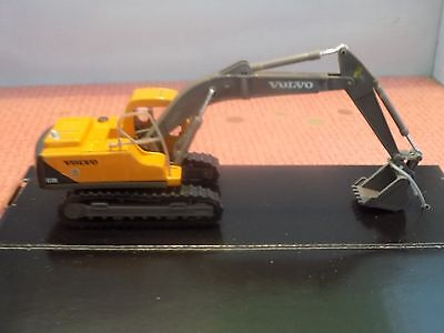 Volvo Ec210 Tracked Digger 1:87 / Ho Scale  Die-Cast Model