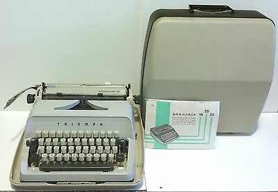 Vintage Triumph Gabriele 10 Portable German Typewriter Beautiful! With Case