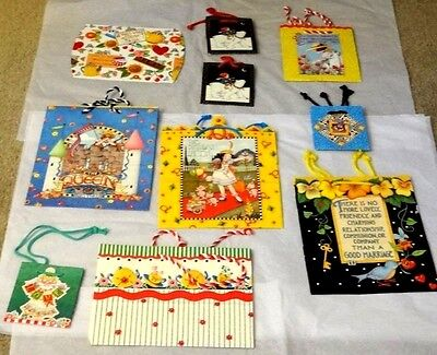 Classic Gift Mary Engelbreit Paper Gift Bags and Gift Box    MINT !