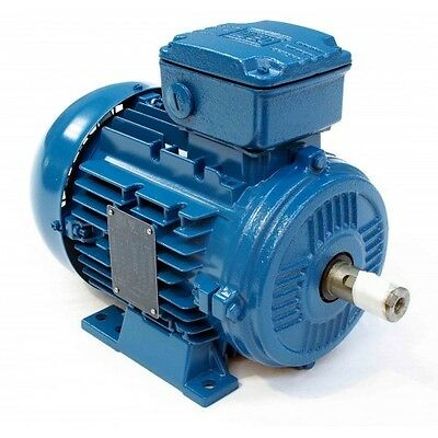 WEG Three Phase Electric Motor Dual Voltage 240v Delta  415v Star