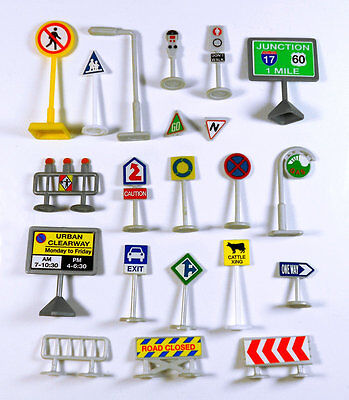 20pcs EDUCATIONAL TRAFFIC SIGNS SIGNALS MODELS For Pixar Diecast Car Toys