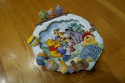 Winnie the Pooh collectors plate