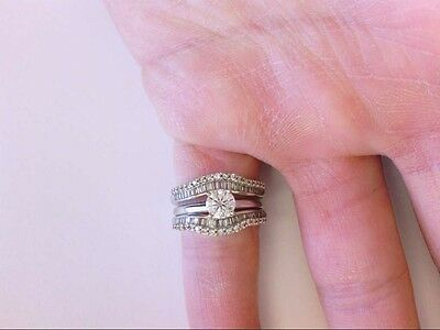 Beautiful Vtg Lady's 14K WG Diamond Engagement Solitaire Ring w/ Diamond Insert.
