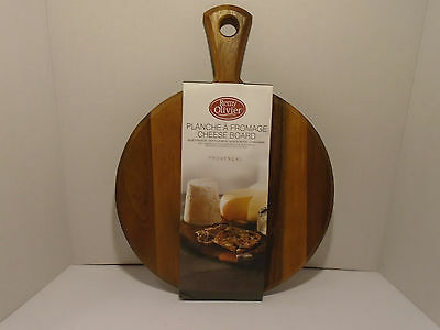 Remy Olivier cheese board acacia wood hand made