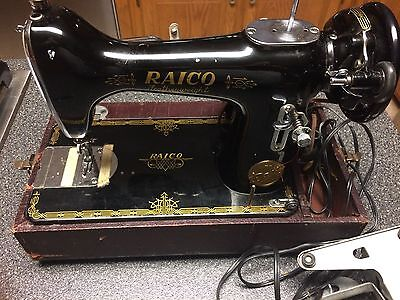 Vintage Raico Featherlight Portable Sewing Machine With Carrying Case Works
