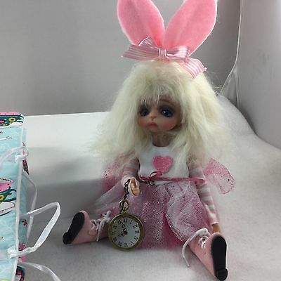 MDCC 2016 Judy Porter WHITE RABBIT GIRL BJD DOLL Alice Wonderland Centerpiece