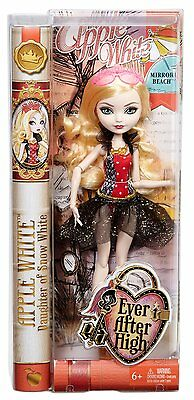 Apple White Mirror Beach Ever After High Doll.