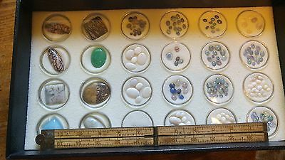 Cabs and Dozens of Opals Cabochons (lot 1)