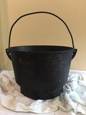 Vintage Antique Cast Iron Cowboy Kettle Cauldron Garden Pot 11-12""""