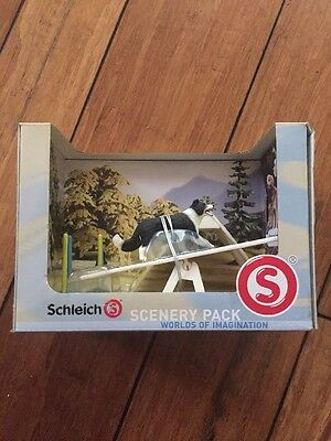New Schleich Scenery Pack Dog Agility Course - Worlds Of Imagination