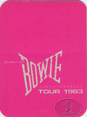 DAVID BOWIE 1983 Serious Moonlight Backstage Pass Pink