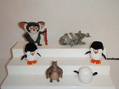 Madagascar Baby Penguins Airplane Cane Tappin Maurice Burger King 6 Toy Figure