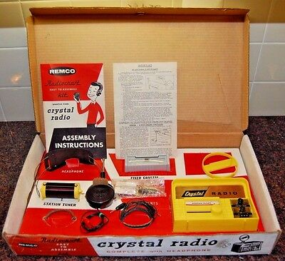 1959 Remco Radiocraft Crystal Ready To Assemble Crystal Radio (100% Complete)