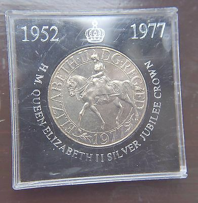 1977 Crown Coin English British Queen on Horse Silver Jubilee COIN IN CASE BU