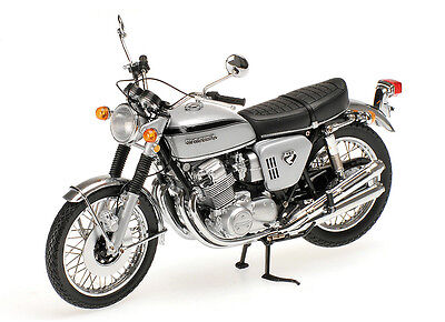 Honda CB 750 (1968) Diecast Model Motorcycle 122161005
