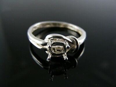 5763 Love Knot Ring Sterling Silver , 4.5Mm Round Stone Size 6
