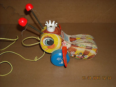 Authentic Vintage Fisher Price 444 Queen Buzzy Bee Busy Bee Wood Pull Toy