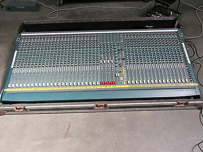 Soundcraft K3 mixing desk / 40 channel mixer with flightcase and PSU