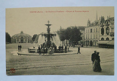 Troyes  Le Boulevard Gambetta  Cirque Et Fontaine Argence