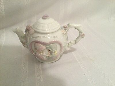"""PRECIOUS MOMENTS   Teapot """"Friendship Hits The Spot"""" Decorative Only"""