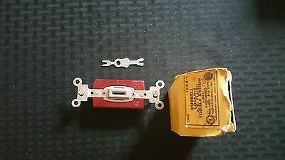 Vintage Set of 4 NOS Art Deco Hubbell Locking Toggle Switch 4-Way 1223-L Red