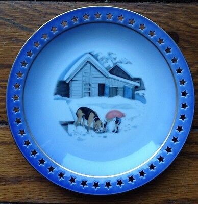 GNOME ELF and HOUND DOG, ROYAL COPENHAGEN ORIGINAL TEGNING PLATE, HAROLD WILBERG