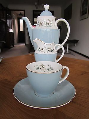 Royal Doulton Rose Elegans Set Of 6 Coffee Cups, Saucers, Coffee Pot, Jug & Bowl