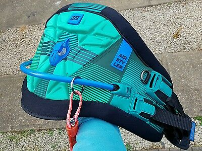 ** North AIRSTYLER kite harness MINT kiteboarding kitesurf ***
