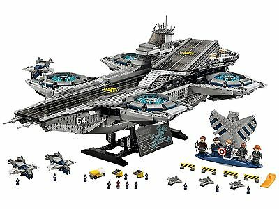 New Marvel Super Heroes The SHIELD Helicarrier LEGO compatible (IN SEALED BOX)