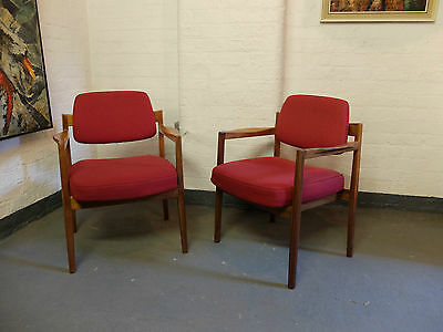 Midcentury Danish Walnut Lounge Armchairs by Jens Risom (7 available) (20C416)
