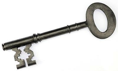 "Antique Victorian 5¼"" Bridge Ward Key with Stepped Ward Cuts - My Ref.K219"