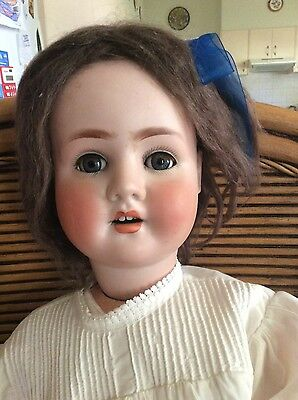 Lovely Big Schoneau and Hoffmeister 914 Bisque head Doll