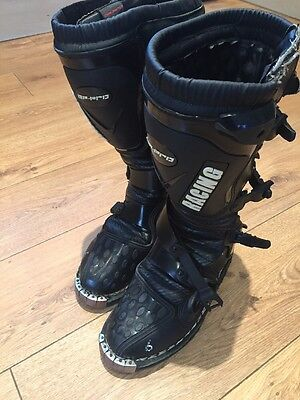 GP Pro Racing Motocross Boots In Excellent Condition. Size U.K. 6 No Reserve