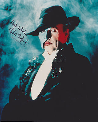 Michael Crawford HAND SIGNED 8x10 Photo, Autograph, Phantom Of The Opera (B)
